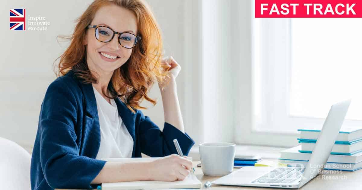 Fast track Level 7 Diploma in Accounting and Finance Online course